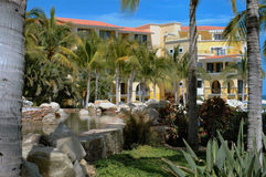 Stagno elevato al ricorso in Cabo San Lucas, Messico Immagini Stock Libere da Diritti