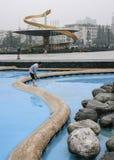 Stagno più pulito di pulizia nel quadrato di tianfu, Chengdu, porcellana fotografia stock