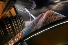 Stahl, Glas und Leuchte Stockbilder