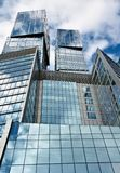Stahl- und Glasgeometrie Lizenzfreies Stockbild