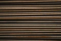 Stahlart des schwarzen Metallrohres gestapelt, Radialeffekt Stockbilder