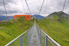 Stahlbrücke, die Weise von Stubnerkogel, schlechtes Gastein, funikulär, Österreich Lizenzfreie Stockfotos