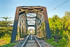 Stahlbrücke für Serie Stockfoto