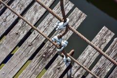 Stahlhängebrücke Stockfotografie
