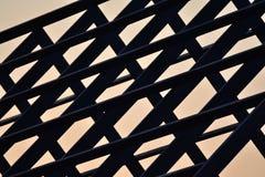 Stahlkonstruktion des Schattenbildhauptdachs Stockfoto