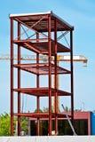Stahlkonstruktion- und Aufbaukran Stockbilder