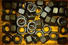 Stahlmuttern für industrielles Stockfoto