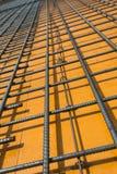 Stahlrebars gelegt auf die Verschalung Lizenzfreies Stockbild