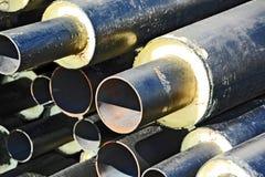 Stahlrohr mit Wärmedämmung Stockfotos
