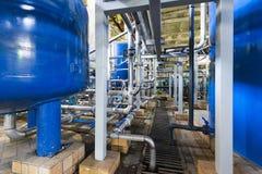 Stahlrohre für Wasserentwässerung in einem Kraftwerk Lizenzfreies Stockbild