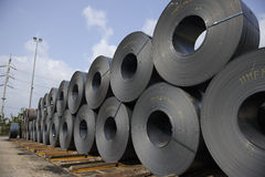 Stahlspulen Stockbild