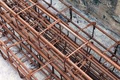 Stahlstange, Rebar für Bau, Rost auf Stahldraht, Stahlstangenrost, Drahtstahl, Rebarrost lizenzfreie stockbilder