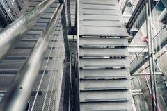 Stahltreppenhaus stockbilder
