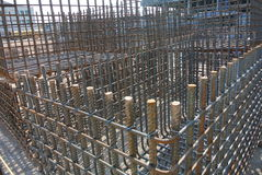 Stahlverstärkungsstangen Stahlgestänge oder Stäbe benutzt, um Beton zu verstärken Stockfotografie