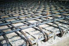 Stahlwerk für Verstärkung des konkreten Bodens Stockfotos