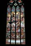 Stained-glass venster in de Kerk van Heilige Barbara Stock Foto's
