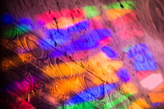 Αντανακλάσεις ενός χρωματισμένου παραθύρου γυαλιού staines Στοκ φωτογραφίες με δικαίωμα ελεύθερης χρήσης