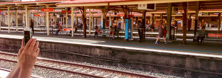 Staion σιδηροδρόμων χεριών IPhone πανοραμικό στοκ φωτογραφίες