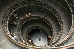 staircaise梵蒂冈 免版税图库摄影