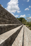 Stairs leading to the top og Mayan pyramid Stock Photography