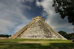 Stairway Heaven. Mayan Pyramid at Chitzen-itsa Royalty Free Stock Images