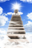 Stairway longo ao céu imagens de stock royalty free