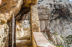 Stairways to Neptune Cave in Capo Caccia Royalty Free Stock Photos