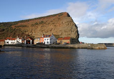 Staithes, North Yorkshire. Looking across the harbour at Stathes, North Yorkshire Stock Images