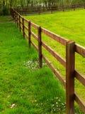 Staket på gräsplan Royaltyfri Fotografi