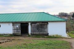 Stal in het landgoed van Telling Leo Tolstoy in Yasnaya Polyana in Oktober 2017 stock afbeelding