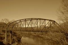 Stal most, nauka w Sepiowym fotografia royalty free