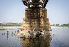 Stal most przy słonecznym dniem w Agra, India Zdjęcie Royalty Free