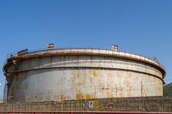 Stal nierdzewna zbiornik dla magazynu ropa naftowa Zdjęcia Royalty Free