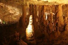 stalactite подземелья стоковая фотография