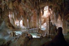 Stalactites e stalagmites Immagini Stock