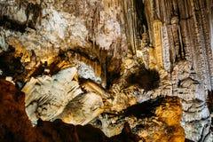 Stalactites et stalagmites à Nerja célèbre photos libres de droits