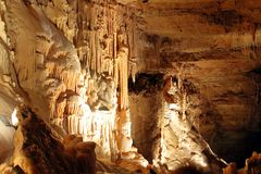 Stalactites and Stalagmites in Natural Bridge Caverns royalty free stock photography