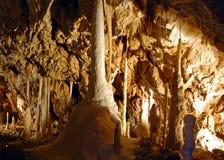 stalactitestalagmite Arkivfoton