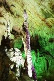 stalactitestalagmitestelae royaltyfri fotografi