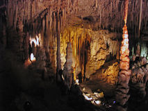 stalagmite stalactites подземелья Стоковое фото RF