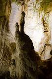 stalagmites Marmeren hol crimea royalty-vrije stock afbeeldingen