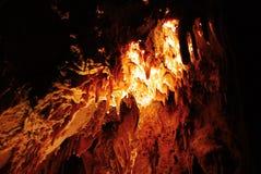 Stalagmites na caverna de pedra Fotos de Stock Royalty Free
