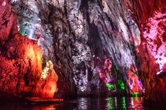 Stalaktit i grottor Fotografering för Bildbyråer