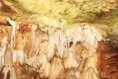 Stalattiti in un marmo della caverna Immagine Stock