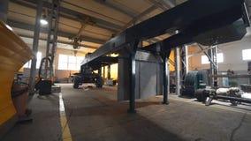 Stali baza na kołach dla przyczepy ciężka ciężarówka, fabrykować powikłany wyposażenie, ciężarowa produkcja, silnik i zbiory wideo