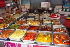 Stall 'för gatuförsäljareStall' så kallad mat i Malaysia Arkivbild