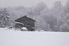 Stall im Schnee Stockfoto