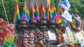 Stalla che vende Pride Paride Merchandise Fotografia Stock Libera da Diritti