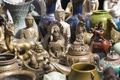 Stalla del mercato del Bric-a-brac Fotografia Stock Libera da Diritti
