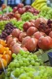 Stalla del mercato della verdura e della frutta Fotografia Stock